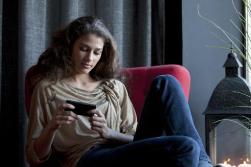 Sony анонсировала смартфон Xperia sola с функцией floating touch